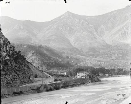 m2-1899